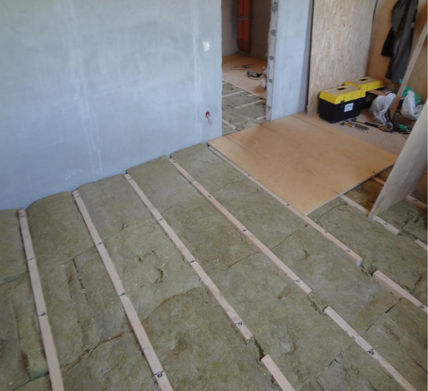 Укладка линолеума на бетонный пол – как получить желаемый результат без ошибок и потерь